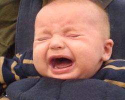 bebe-pleure